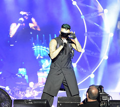 Img551650nx2 (veryamateurish) Tags: singapore grandprix f1 concert padang queen music pop rock