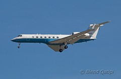 06-0500 (dcspotter) Tags: 060500 2016 bizjet businessjet militaryaircraft military transport militarytransport governmentaircraft vipaircraft unitedstatesairforce usairforce usaf airforce armedforces gulfstream gulfstreamaerospace gv g550 glf5 c37 c37a andrewsairforcebase andrewsafb andrewsjointbase kadw adw campsprings maryland md usa unitedstates unitedstatesofamerica planespotting spotting blendqatipi dcspotter airliner passengeraircraft aircraft airline airplane jet jetliner airtransport airtransportation transportation