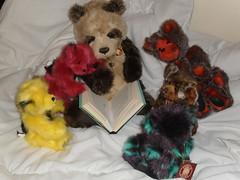 Reading Circle (zaramcaspurren) Tags: charliebears teddybear teddybears teddies softtoys softtoy plush plushtoy plushies plushtoys plushie stuffedtoy stuffedtoys stuffedanimal stuffedanimals