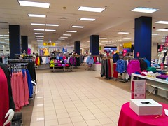 Entrance View (Timothy Pitonyak) Tags: sears neshaminymall neshaminypennsylvania mall retail merchandise hardlines softlines shop business tiles lighting entrance squares carpet ceilingtiles columns racks womensclothing garments