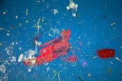 Homéostasie (Gerard Hermand) Tags: 1701256428 gerardhermand france paris canon eos5dmarkii formatpaysage bottier shoemaker atelier workshop sol floor peinture paint rouge red bleu blue abstrait abstract abstraction