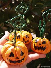 halloween-faidate-zucca-vanydesign-tutorial-segnaposto-14e (www.VanyDesign.com) Tags: halloween diy zucca segnaposto faidate fattoamano portafoto