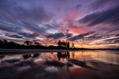 Reflecting an October Sky (Kristin Repsher) Tags: sunset beach reflections sand nikon australia nsw d750 newsouthwales pinksky byronbay