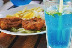 Getting refreshed. (SimplyVenki) Tags: photography refreshing fishchips coolblue foodphotography newbeginnings