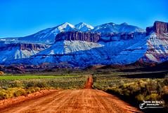 SOMETHING AWFUL (Aspenbreeze) Tags: snow southwest nature rural utah moab dirtroad rockformations lasalmountains moabutah snowypeaks castlevalleyutah aspenbreeze moonandbackphotography bevzuerlein caastlevalley