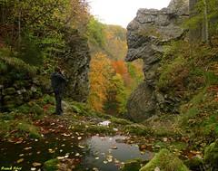 Christopher photographiant le Rocher du Diable - Pont du Diable - Crouzet Migette (francky25) Tags: du pont rocher franchecomté diable doubs crouzet migette