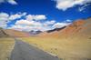 Moray Plains (4,700m – 15,400ft) (Niall Corbet) Tags: india ladakh himalaya himalayas mountain desert manalitoley morayplains road