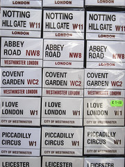 Portobello Road Market (.:barbarina:.) Tags: londra london england inghilterra portobello road market repetition nikon coolpix p5100 nikoncoolpix coolpixp5100 barbarina