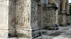 North plinths, Arch of Constantine