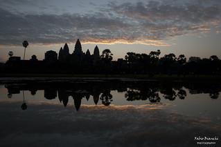 Alba all'Angkor Wat