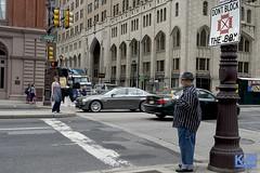 Streets of Philadelphia (anat kroon) Tags: urban en usa philadelphia photography vs van amerika anat maanen straatfotografie fotografiestreet kroonkroon