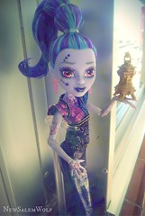 ** Shadow Form ** (NSW ) Tags: cute fall love monster high dolls vampire grant awesome valentine wishes gigi why 13 kieran mattel genie whisp sdcc djinni ghouls 2015 ghotic draculaura