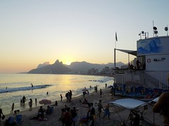DSCN0596 (mgsilva97) Tags: pordosol praia beach sunshine rio nikon coolpix l330