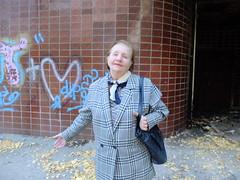 / The helper (GrusiaKot) Tags: woman style ukraine soviet elder kharkov ukrainian kharkiv helper ucraina