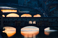 Ponte Vecchio (GaRiTsanG) Tags: bridge sunset italy canon river florence pontevecchio 40d