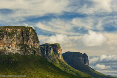 Morros Trs Irmos, na Chapada Diamantina  Bahia, Brasil (jeilsonandrade) Tags: sunset brasil trekking br hill cu bahia nuvens lenis morro montanha chapadadiamantina valedocapo morro br242 morrotrsirmos