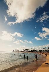 Makapuu Beach + Waikiki beach #hawaii #honolulu #waikikibeach #makapuubeach (rickyweng7) Tags: hawaii honolulu waikikibeach makapuubeach