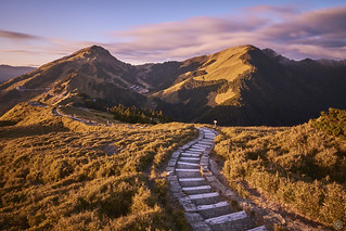 Dawn : Mt.Shimen Trail