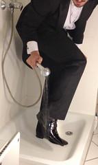 white-tie-shower-1_10300158234_o (shinydressshoes) Tags: tails tailcoat tuxedo suit muddy gunge wet shiny shoes shinyshoes leather patent dressshoes groom wedding whitetie frack formal shower lackschuhe lackschuh
