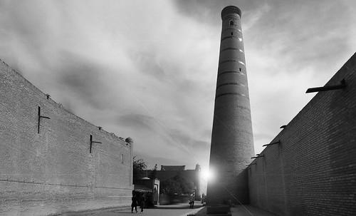 "Torres legendarias / Faros, minaretes, campanarios, rascacielos • <a style=""font-size:0.8em;"" href=""http://www.flickr.com/photos/30735181@N00/31722256933/"" target=""_blank"">View on Flickr</a>"