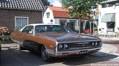 Chrysler New Yorker 1971 (XBXG) Tags: dl8414 chrysler new yorker 1971 lpg gpl marron brown coupé coupe v8 bussum nederland holland netherlands paysbas vintage old classic american auto automobile voiture ancienne américaine amerikaans us usa worldcars vehicle outdoor car