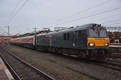 92023 Crewe 19/01/2017 (Brad Joyce 37) Tags: 92023 92033 5z92 class92 gbrf electric locomotive engine train testtrain caledonian sleeper mk3 crewe cheshire station nikon d7100