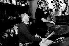 20161221-204743 (cmxcix) Tags: atanaspopov curlyphotography dimitarkaramfilov music nikon nikond750 nikonfx teahouse twoplumbingsbassanddrums indoors sofia sofiacity bulgaria bg