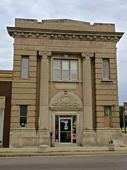 Cotton Exchange Bank, Kennett, MO (Robby Virus) Tags: kennett missouri mo cotton exchange bank building architecture banking finance pillars front facade