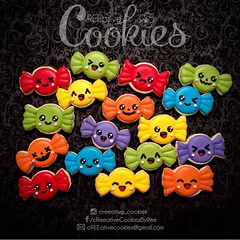MiniHalloween_Candys (cREEative_Cookies) Tags: creeatve cookies ree halloween hallows dia delos muertos candy skulls typography sugar art decorated cookie decorating party theme desserts holiday dessert zombie eyeball nightmare before christmas jack skellington sandy cupcakes spiders pumpkins jackolanterns leaves platter ghosts corn bats blood bloody cut finger ears butcher 3d