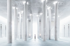 Blinded By The Lights (Philipp Gtze) Tags: light people berlin architecture krematorium