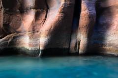 Rocks in the Narrows (matos00) Tags: usa nature river landscape utah sandstone canyon zionnationalpark slickrock paysage thenarrows amriquedunord parcnationaldezion