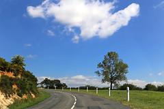 D29 - Saint-Léons (France) (Meteorry) Tags: road cloud france lines june landscape europe plateau route curve nuage millau massif aveyron 2015 midipyrénées meteorry d29 ségur lévézou lrmp routedépartementale saintléons languedocroussillonmidipyrénées