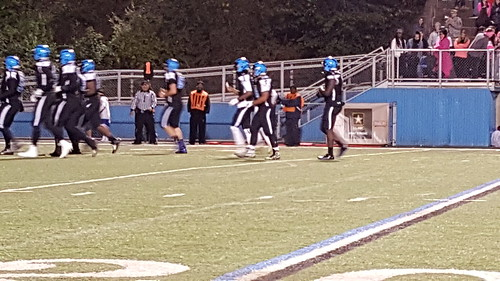 "Woodland Hills vs. Upper St. Clair - Oct 2, 2015 • <a style=""font-size:0.8em;"" href=""http://www.flickr.com/photos/134567481@N04/21875466176/"" target=""_blank"">View on Flickr</a>"