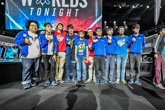 "Fan Photos (lolesports) Tags: paris europe lol worlds worldchampionship lms iwc lpl esports lcs lck leagueoflegends groupstages nalcs lolesports eulcs ""ledockpullman"""
