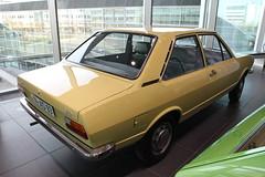 Audi 80 (pilot_micha) Tags: auto car museum germany bayern deutschland oberbayern oldtimer audi deu fahrzeug audi80 ingolstadt automuseum audiforum museummobile november2015 fahrzeugmuseum baujahr1974 08112015