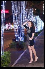 nEO_IMG_DP1U6648 (c0466art) Tags: christmas light portrait white black reflection girl beautiful rain fashion night canon wonderful happy photo big colorful julia image sweet taiwan event taipei lamps annual lovely cloth charming russian favor decroration goegeous 1dx c0466art