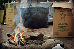 Prepare the Cider (MTSOfan) Tags: fire smoke cider pot cups cardboard boxes cauldron peddlersvillage