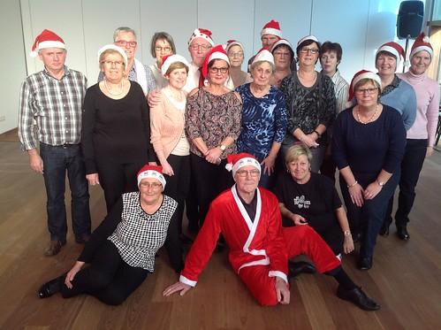 kerst-linedansers Zonneheem 12dec-2015