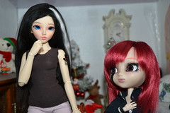 DSC_2592 (DollEmiou) Tags: christmas cute dolls maya chloe difference bjd pullip vs tte taille nezumi stica pullipfc bjdminifee
