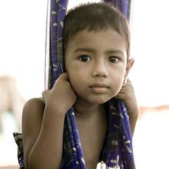 முகம் (Kals Pics) Tags: face portrait kid smile saidapet chennai tamilnadu life people cradle eyes cwc chennaiweekendclickers roi rootsofindia kalspics india