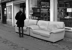 Should I sit on the couch? / Ska jag sätta mig i soffan? (larseriksfoto) Tags: lund soffa couch street stora södergatan tvekan dmctz70 dmczs50 gata gatubild