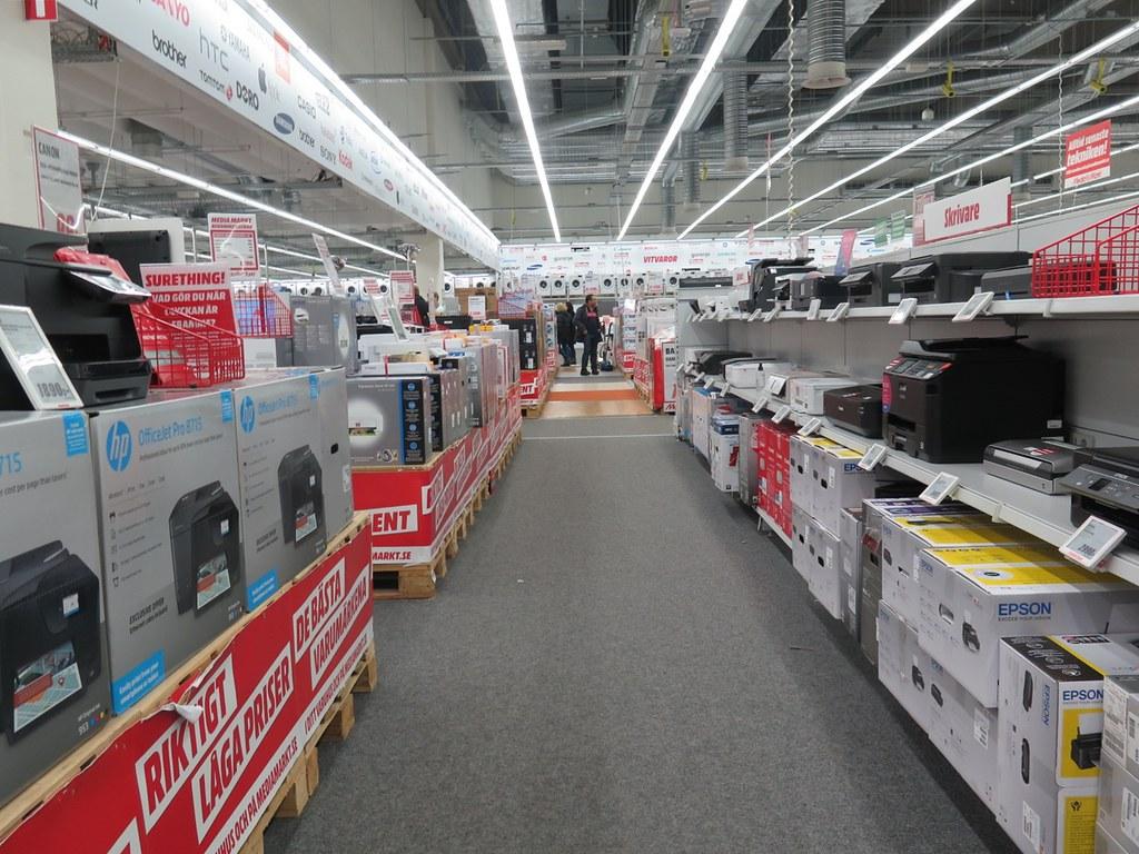 affärer i bäckebol köpcentrum