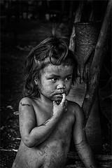 Daydreaming (felixvancakenberghe) Tags: laos mensen salavan people child asia