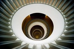 Radiant (Maerten Prins) Tags: brown white berlin yellow stairs composition germany circle gold humboldt stair university circles curves wideangle indoor stairwell tiles staircase round lookingdown railing curve radiant duitsland berlijn downshot jägerstrasse20