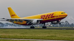 DHL A300 slams his main gear on dutch soil (Nicky Boogaard Photography) Tags: china canada er aviation air united delta baltic cargo lan airbus boeing 300 500 airlines 800 a330 tui easyjet a340 767 737 a320 dhl a319 787 a300 lanco dreamliner 777f