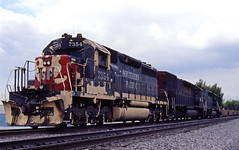 Infected (GRNDMND) Tags: california trains sp locomotive railroads cityofindustry southernpacific espee emd sd40r