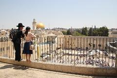 Gerusalemme (galletti713) Tags: friend jerusalem jews balcon coppia balcone wailingwall israele gerusalemme terrazza ebrei ebraico murodelpianto