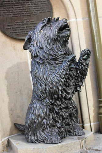 "Bronze sculpture of Queen Victoria's dog ""Islay"""