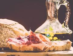 Bread, ham, oil. Nothing more, nothing less. - 312:365 (susivinh) Tags: espaa food spain yum comida tasty ham rico delicious spanish aceite oil oliveoil delicioso jamn espaol iberian ibrico sabroso aceitedeoliva mediterraneandiet dietamediterrnea