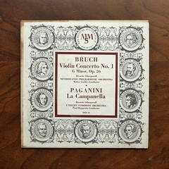 Bruch - Violin Concerto No.1 op.26 & Paganini - La Campanella - Ricardo Odnoposoff Violin, Netherlands Phil. Orch., Walter Goehr & Utrecht SO, Paul Hupperts, MMS-40, 10 inch (Piano Piano!) Tags: art notes vinyl cover lp record disc sleeve hoes gramophone liner vynil disque schallplatte plaat 10inch hulle grammofoon netherlandsphilorch bruchviolinconcertono1op26paganinilacampanellaricardoodnoposoffviolin waltergoehrutrechtso paulhupperts mms40